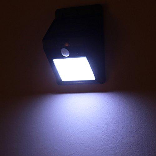 Sunhug tm ext rieur rechargeable lixada lampe solaire pir d tecteur de mouvement lampe mural for Lampe de jardin detecteur de mouvement